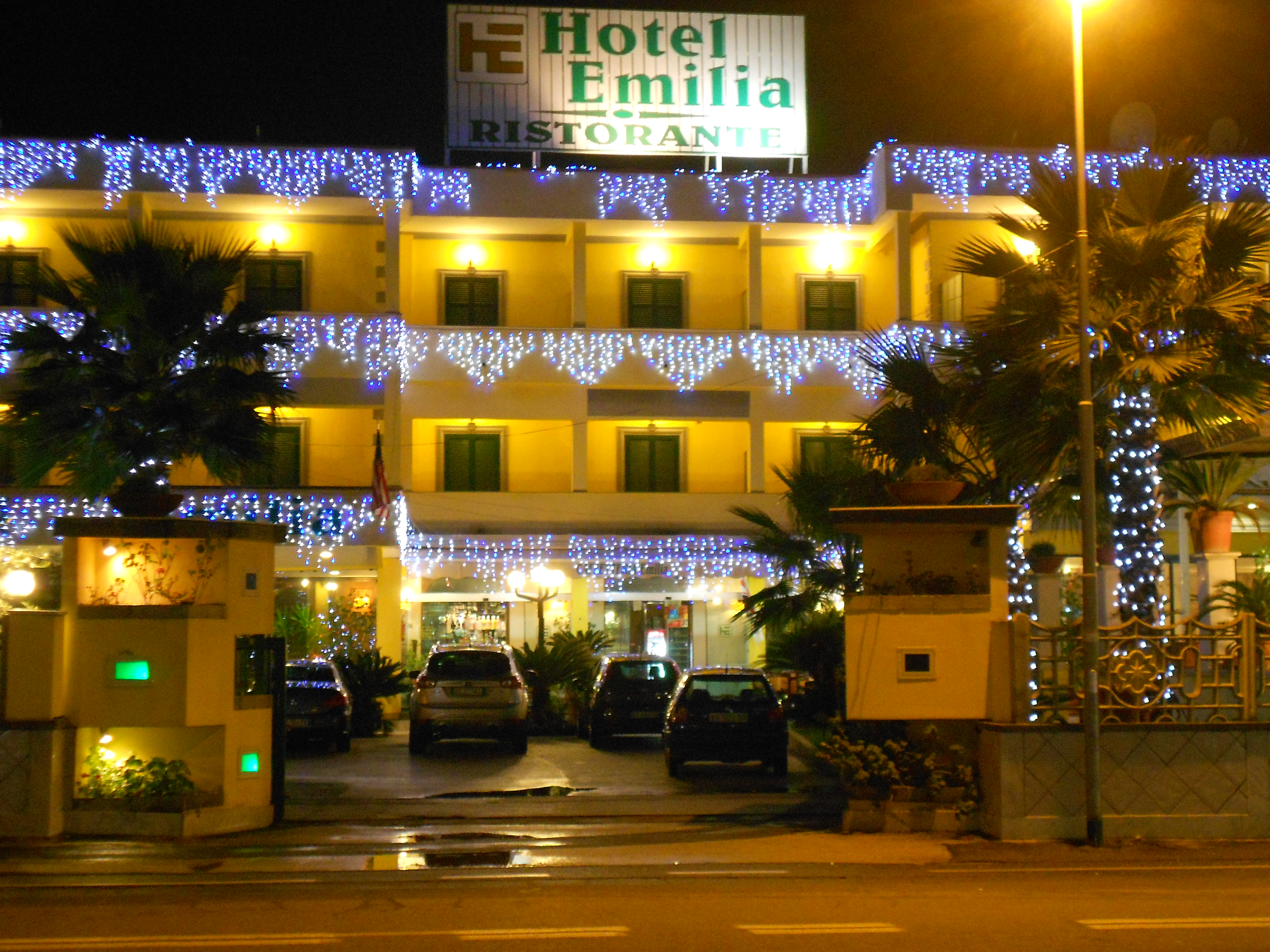 lampadario luminarie hotel