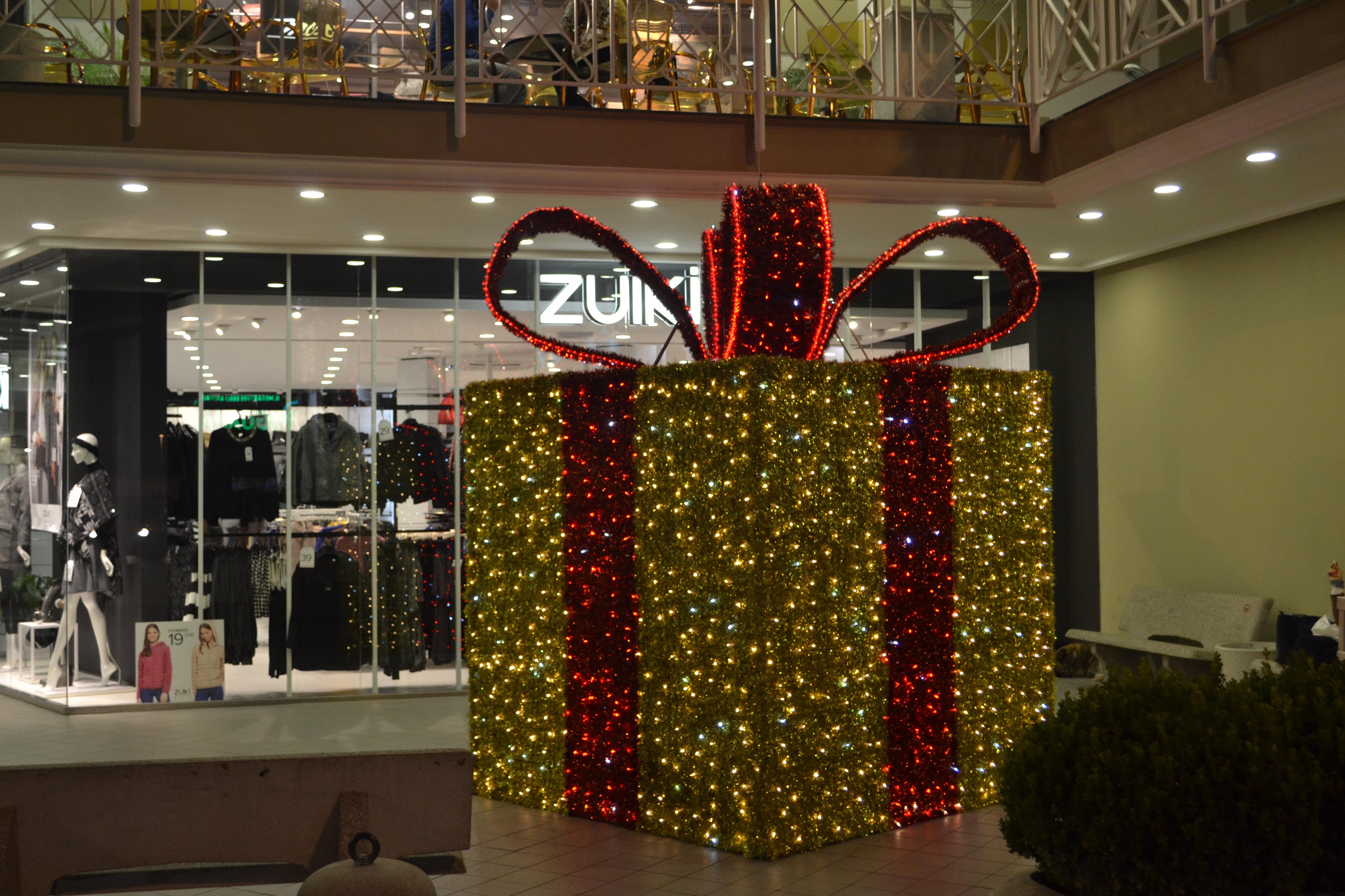pacchetti luminarie centro commerciale