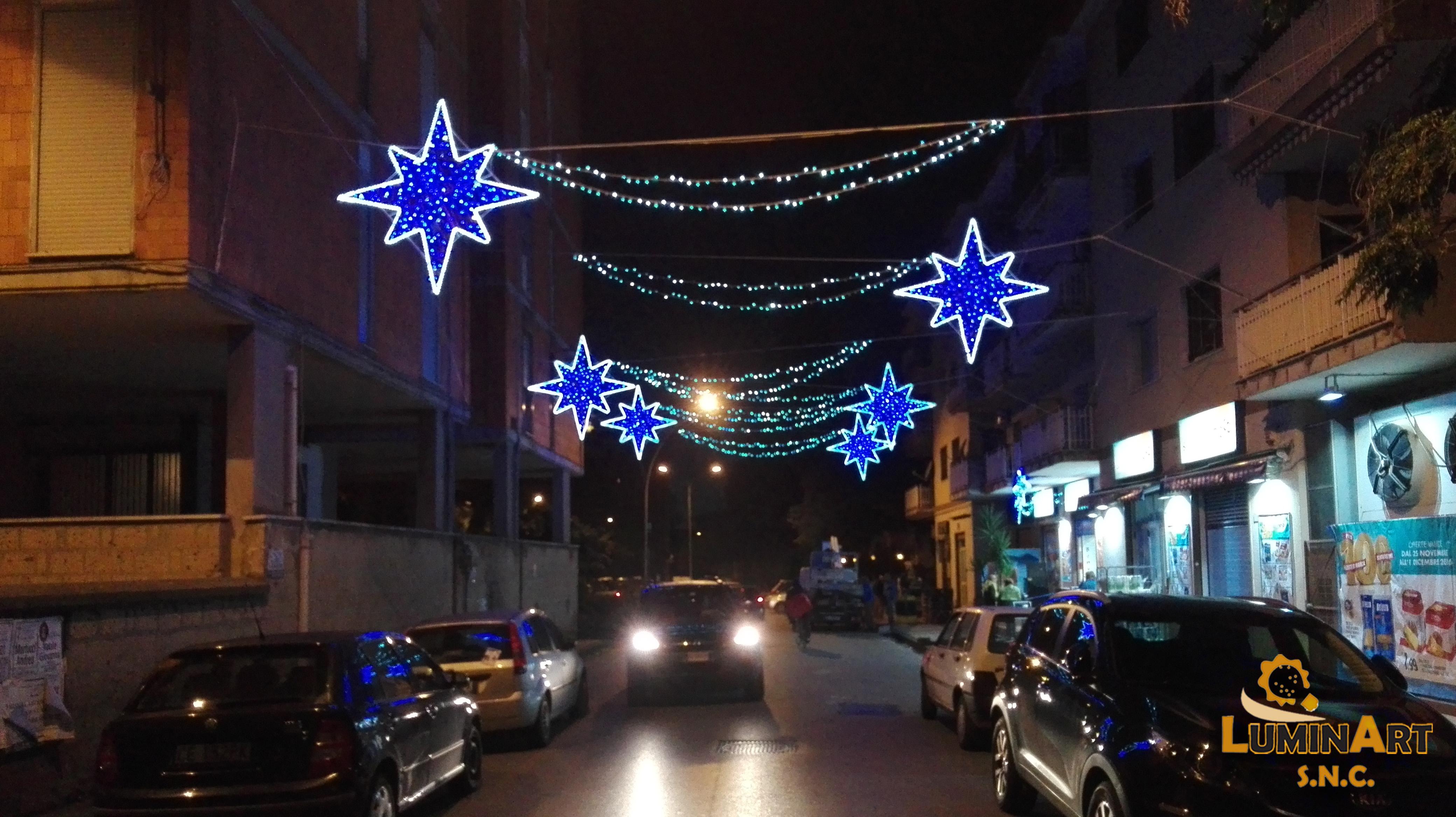 stelle di natale luminarie strada
